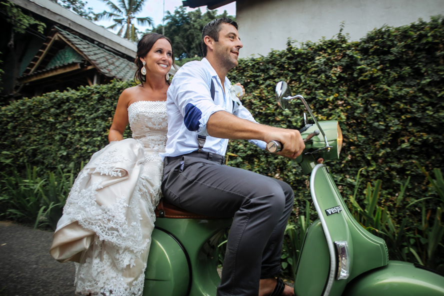 THE WEDDING | CAROLINE & BRENT at Bambu Indah Ubud  30